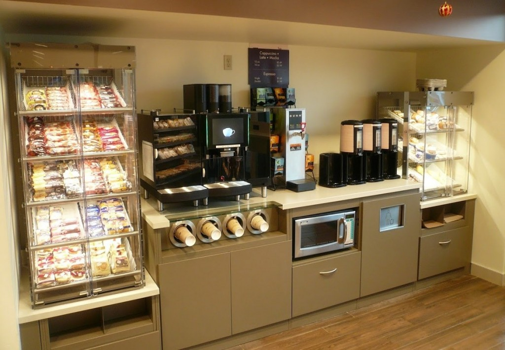 2. Convenience Store Food Service Counter with Pastry Display