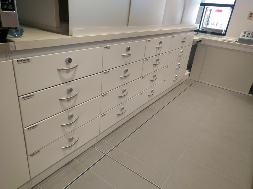 22. Locking Back Counter Drawers
