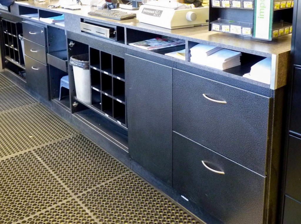 23. Front Counter Drawers