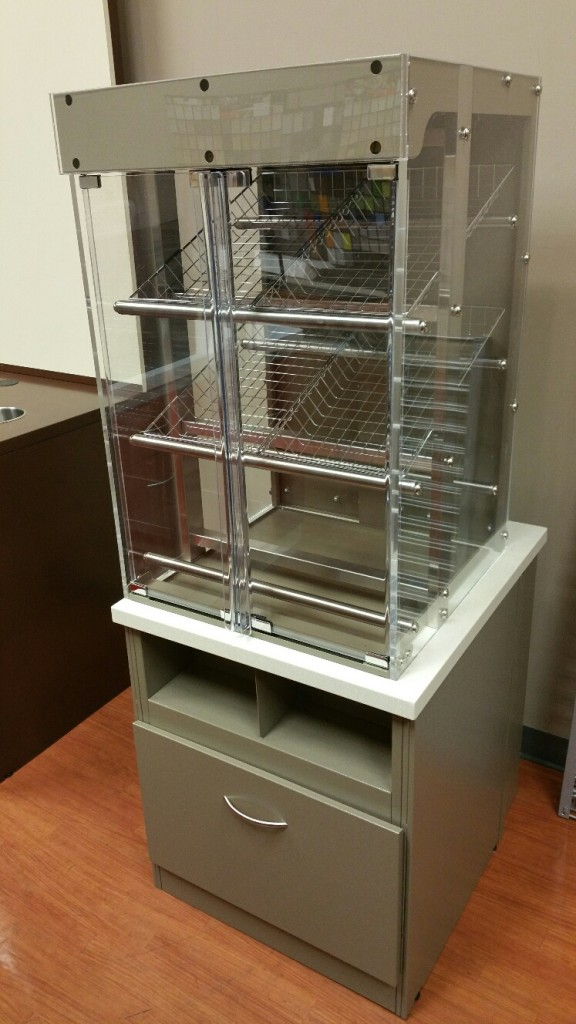 Pastry  Display with low cabinet 3